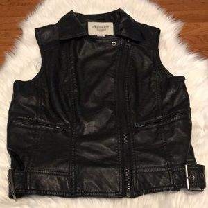 American Rag faux leather vest jacket!